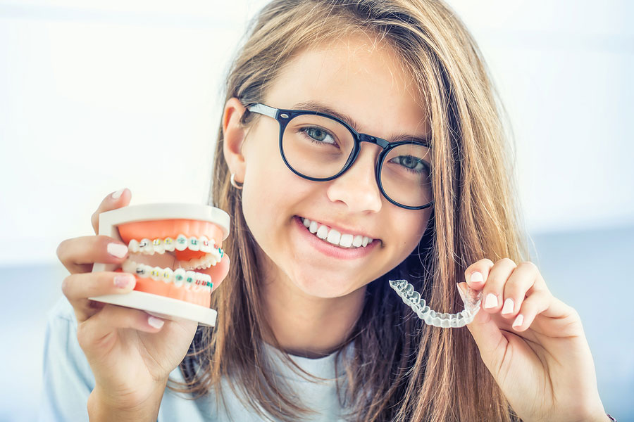 Braces vs Invisalign: Which is better?